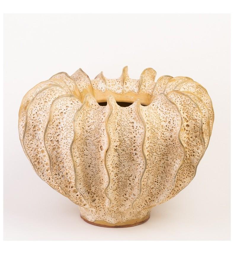 Ručně tvarovaný květináč - béžový L